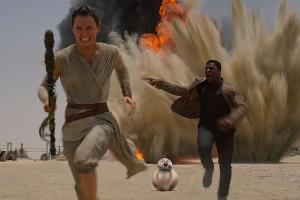 """Daisy Ridley and John Boyega in """"Star Wars"""""""